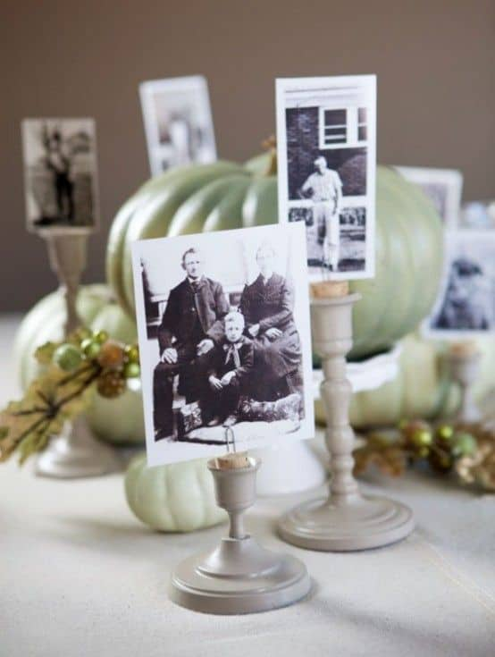 heres another cute and easy way to display photos on the table